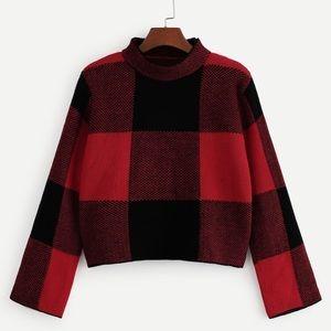 Gingham crop sweater
